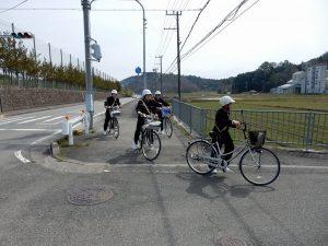 交通安全指導の写真